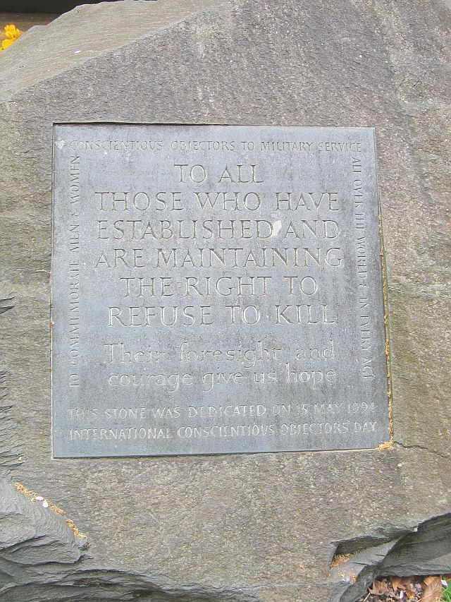 Conscientious_Objector_memorial,_Tavistock_Sq_Gardens