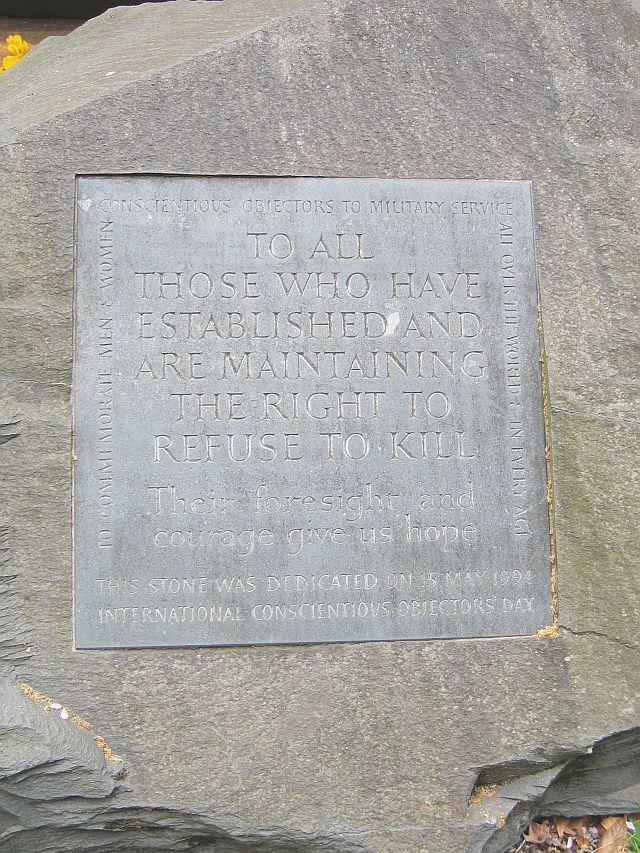 Conscientious_Objector_memorial,_Tavistock_Sq_Gardens